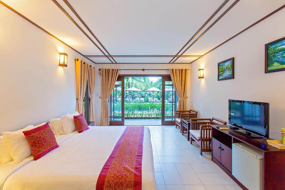 karma-royal-cay-tre-room-view