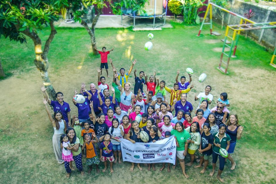 Rugby Stars Matt Hopper and Marcus Watson visit Bali Life Foundation