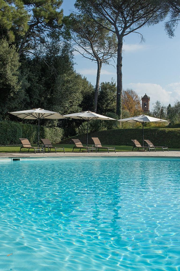 karma-tuscany-pool-min