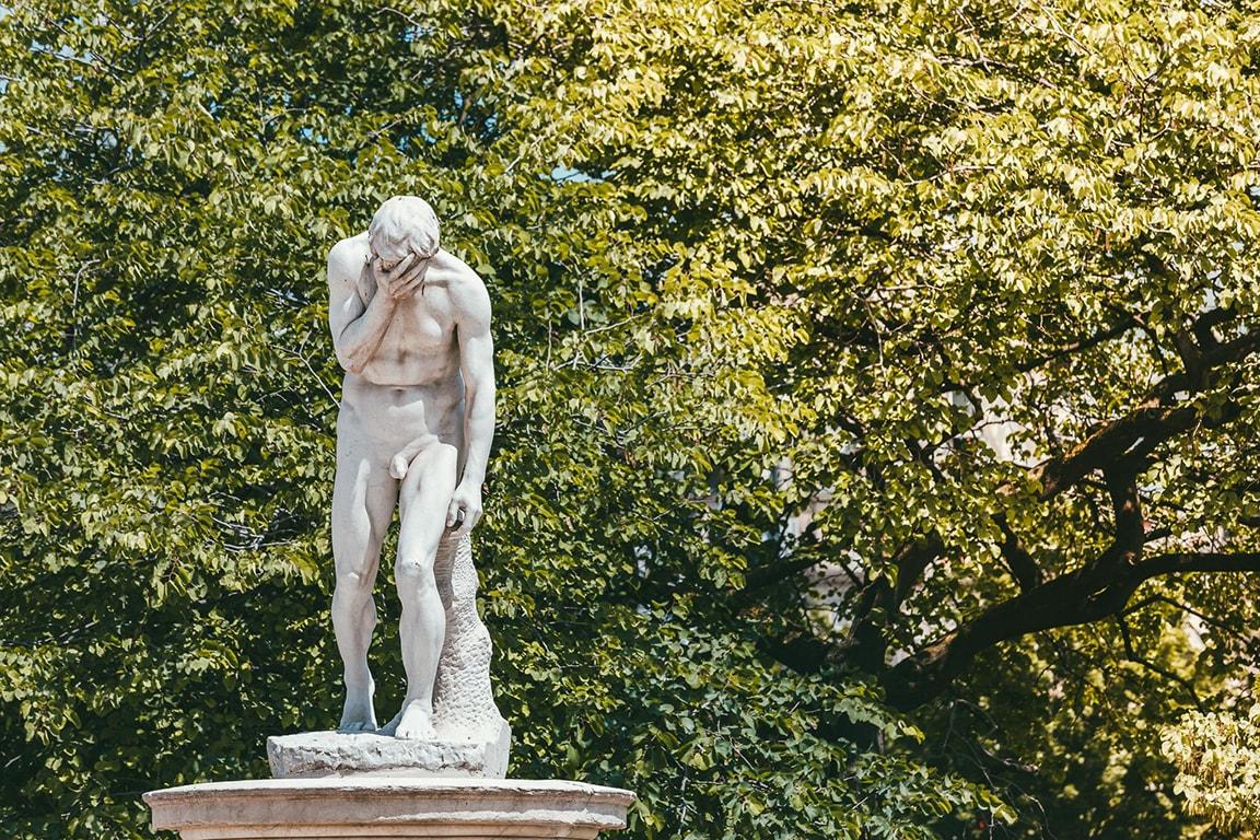statue-france-min