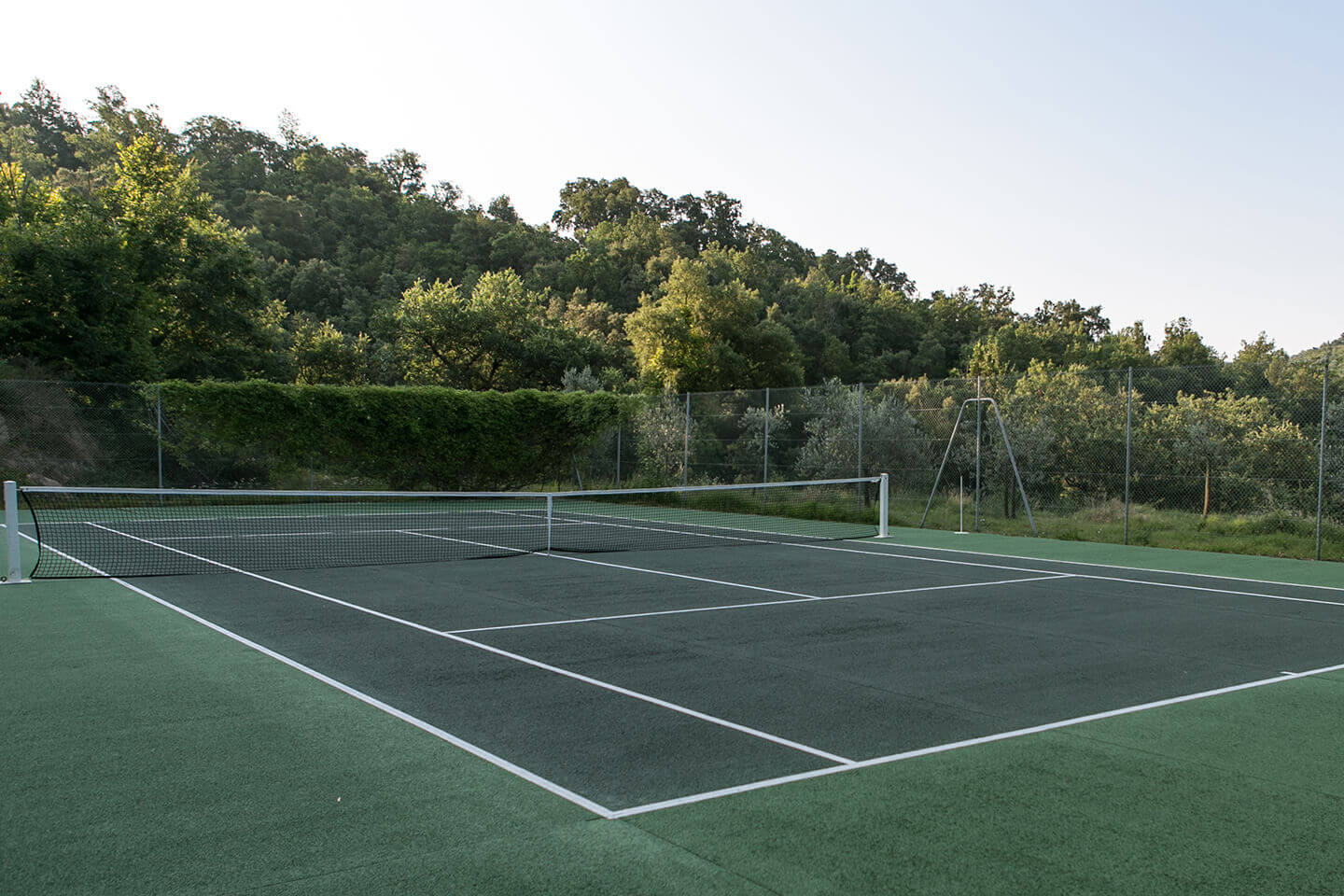 Le Preverger Tennis court