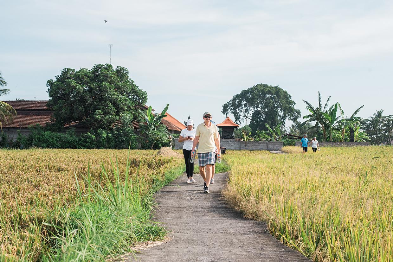d86d377a-village-trekking