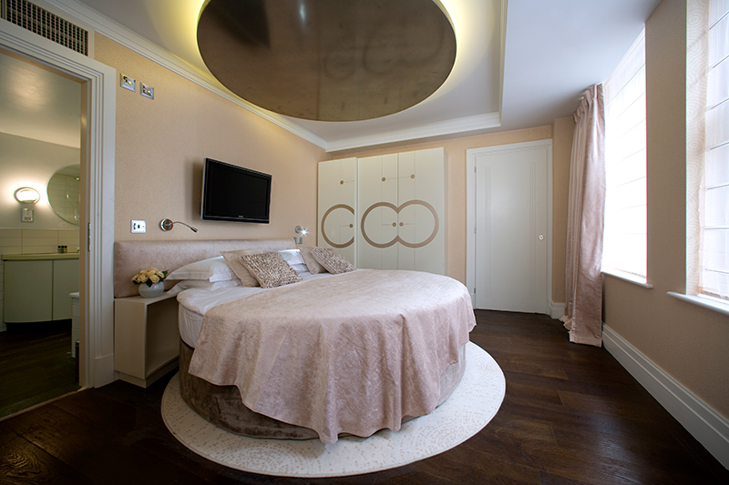 Delux-Suite-Bed