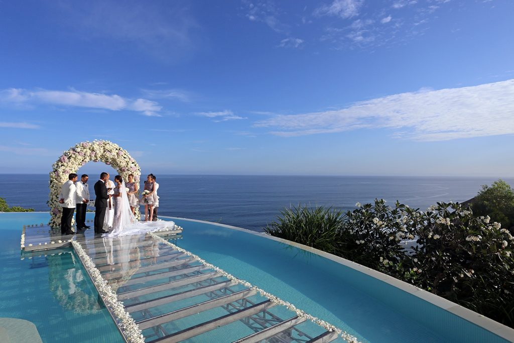 Cliff Wedding Poolside Package